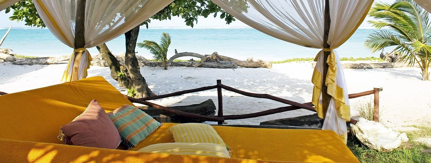 Afro Chic swahili bed on beach