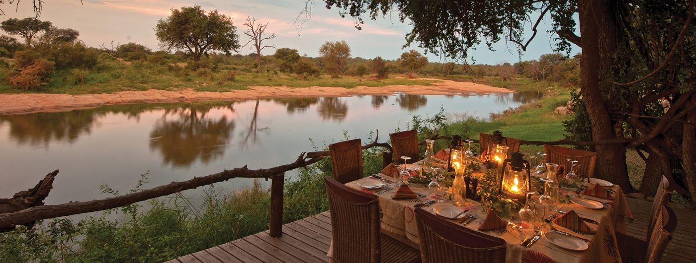 Motswari Game Lodge dining by the river