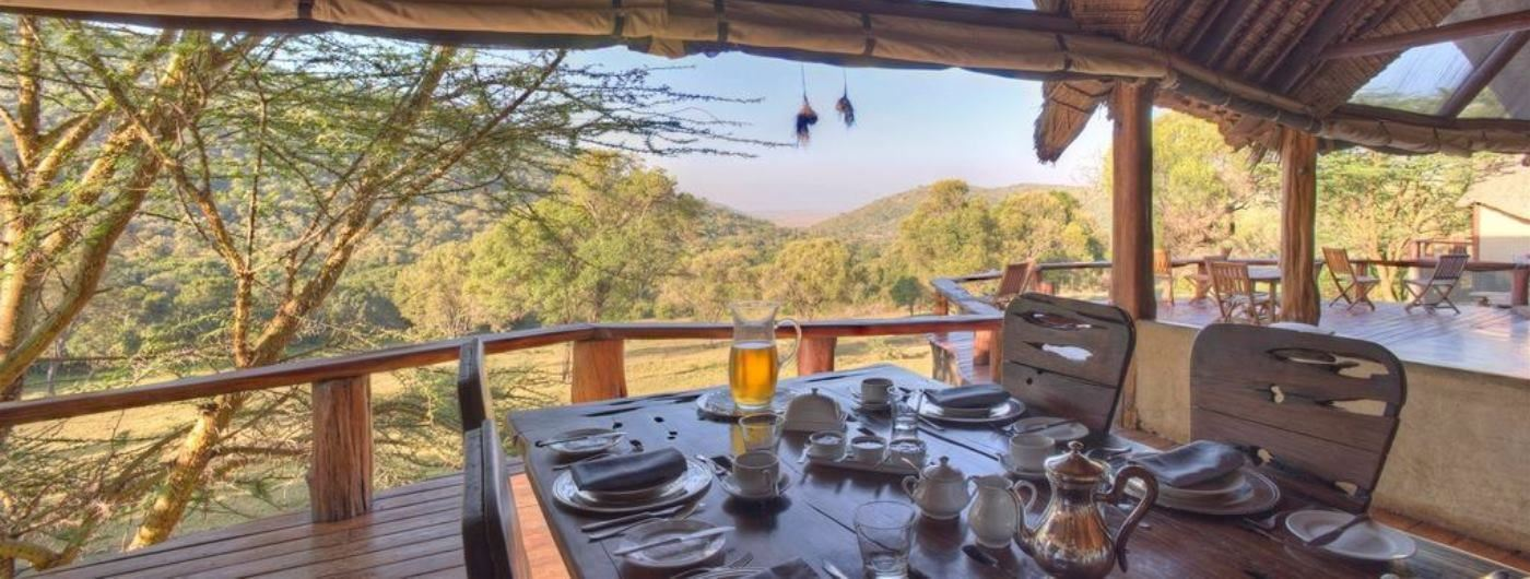 Saruni Mara breakfast in dining room