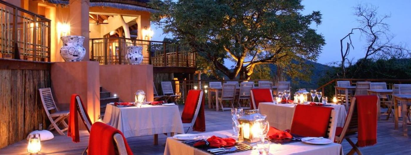 Thanda Tented Camp al fresco dining