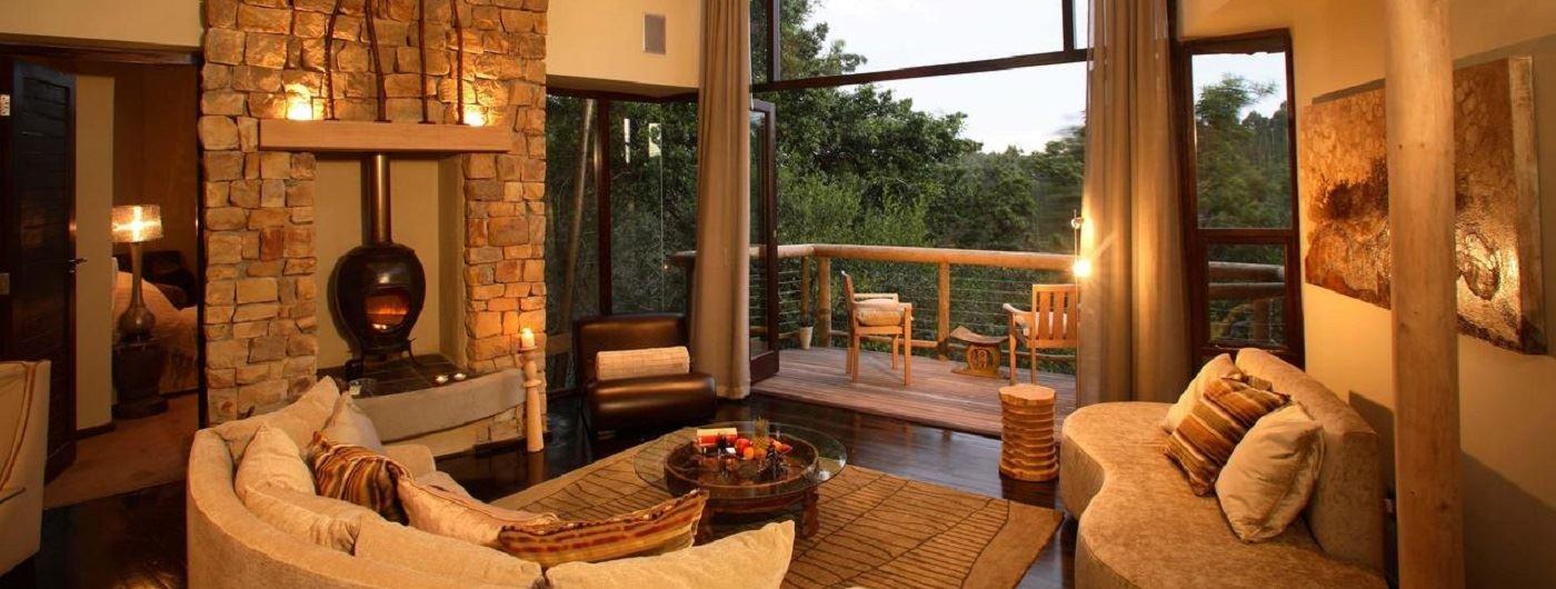 Tsala Treetop Lodge lounge area
