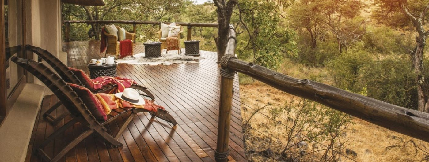 Tuningi Safari Lodge Luxury Suite veranda