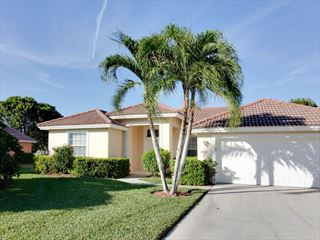 Example of a Naples Area Home - Villa Exterior - Orlando & The Gulf Coast Twin Centre