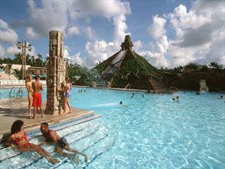 Lost city pool
