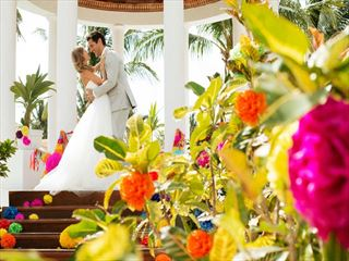 Beautiful & colourful weddings at Excellence Riviera Cancun