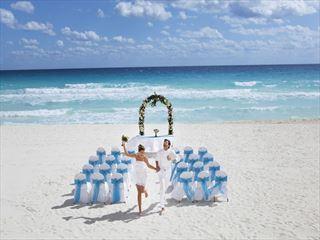 Vibrant & fun weddings at Barcelo Tucancun Beach
