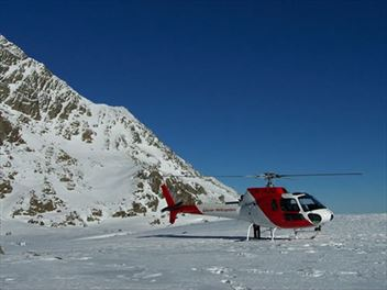 Hover over Franz Josef and Fox Glacier