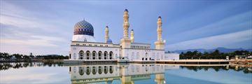 Flating mosque in Kota Kinabalu, Borneo