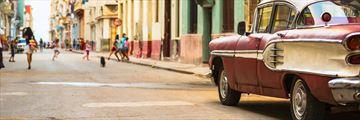 Bustling Havana street