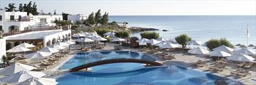 Main pool at Creta Maris Beach Resort