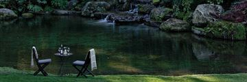 Dining in Huka Lodge's Water Garden