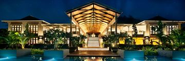 Kempinski Seychelles Resort Baie Lazare, Lobby and Resort Pool at Night