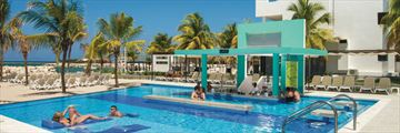 Riu Palace Jamaica, Pool and Lime Swim-Up Bar