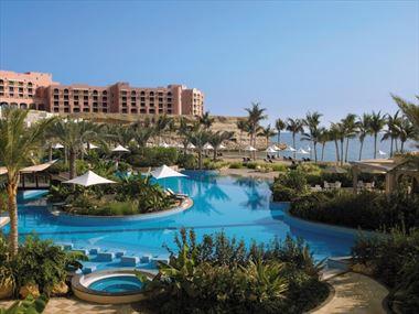 Al Bandar Hotel Pool