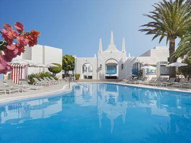 Plaza Pool, Alua Suites