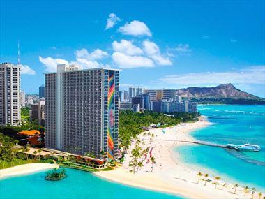 Beachfront at the Rainbow Tower, Hilton Hawaiian Village