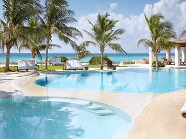 Viceroy Riviera Maya pool