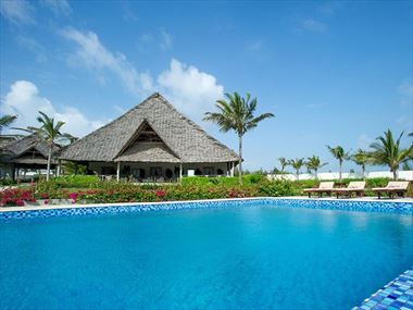 Zawadi Hotel swimming pool