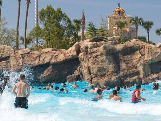 Wave pool at Aquatica, Orlando