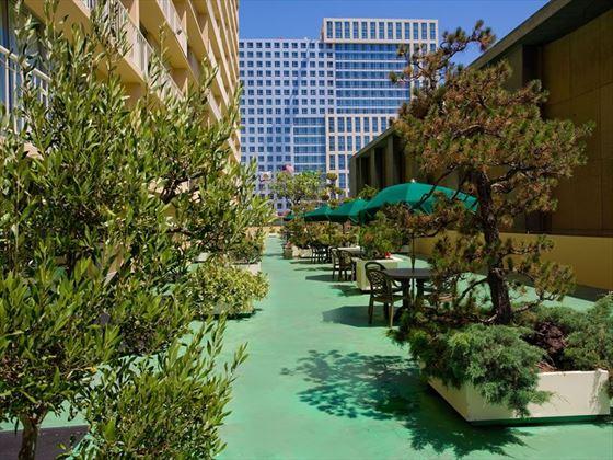 Holiday Inn Civic Centre terrace