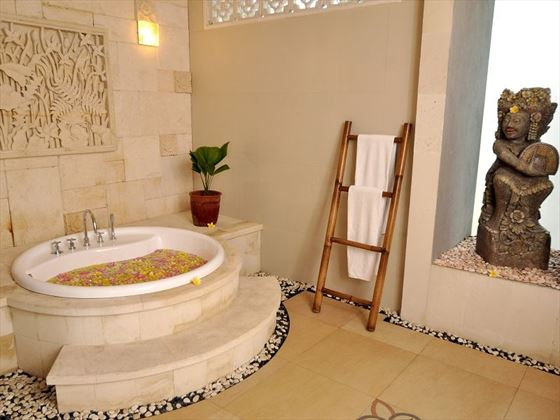 Indoor Bathtub at the One bedroom Private Villa