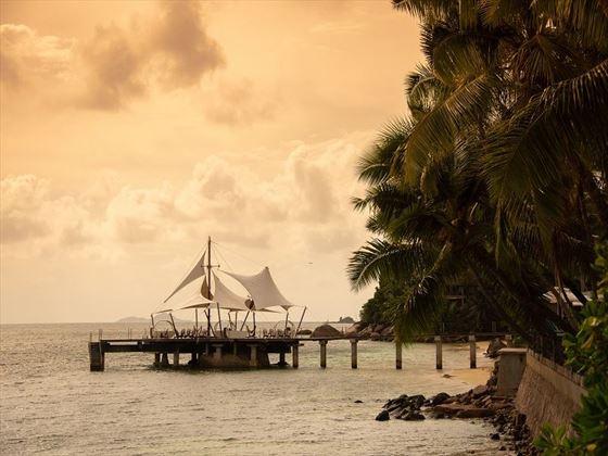 The jetty, Coco de Mer