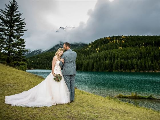Stunningly picturesque lake setting for your wedding