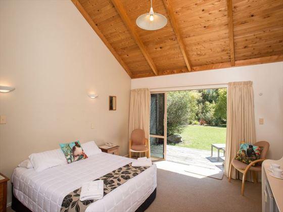 Abel Tasman Marahau Lodge bedroom
