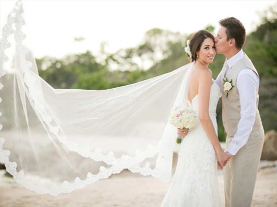 Bride & Groom at the Outrigger Koh Samui Beach Resort