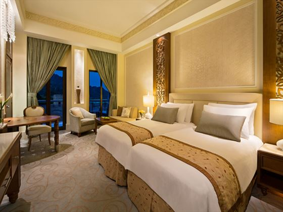 Al Bustan Palace Junior Suite with Mountain View