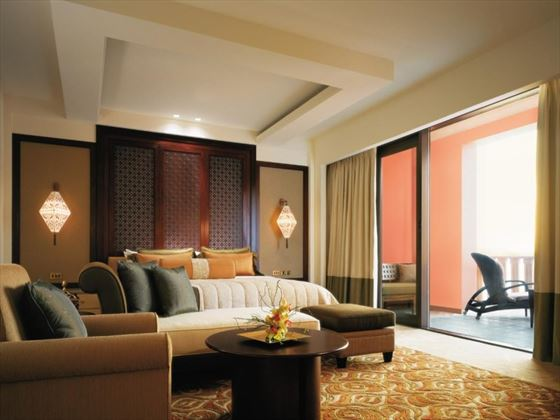Speciality Suite Bedroom at Al Husn