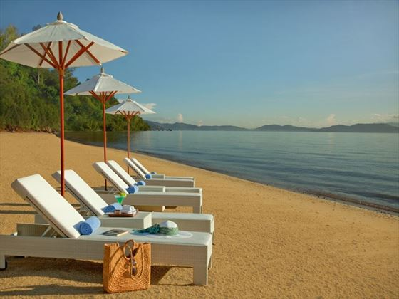 Gaya Island Resort Beach
