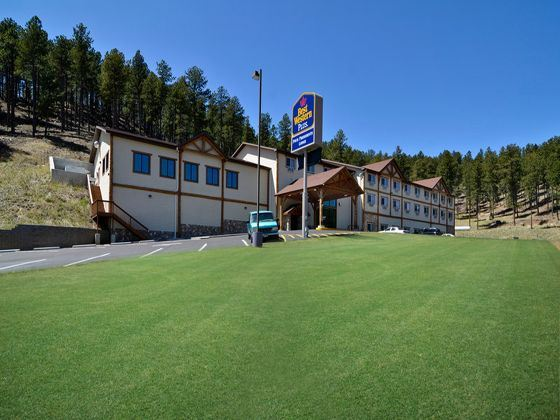 Best Western Plus Four Presidents Lodge Exterior