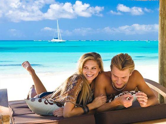 Honeymoon couple at Beaches
