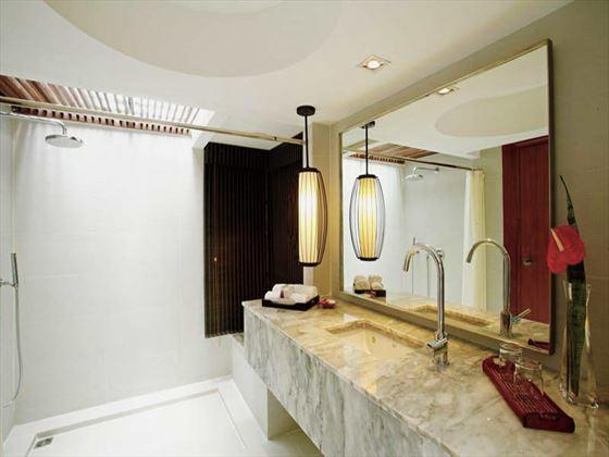 Centara Villas Phuket Deluxe Villa bathroom
