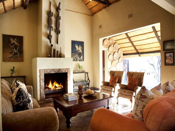 Chapungu Luxury Tented Camp lounge