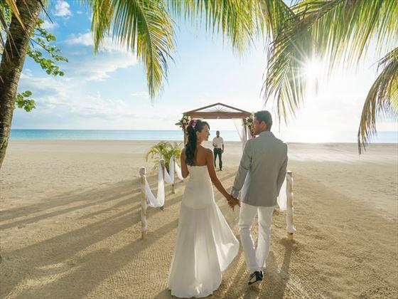 Couples Swept Away Jamaica Caribbean Wedding Tropical Sky