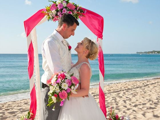 Beautiful beach weddings at Crystal Cove