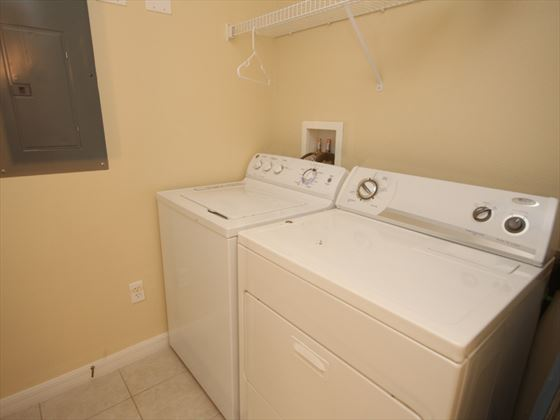 Disney Area townhouse laundry room