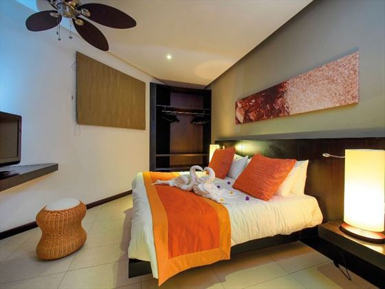 Deluxe Family Room at Maritim Crystals Beach Hotel