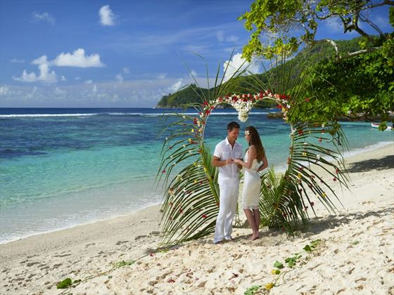 DoubleTree by Hilton Seychelles Allamanda beach wedding