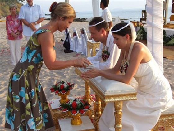 Thai wedding traditions
