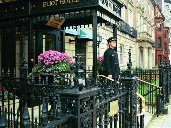 Eliot Exterior
