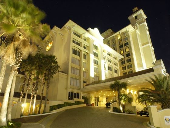 Exterior view of Plaza Resort and Spa