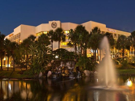 Exterior view of Sheraton Lake Buena Vista