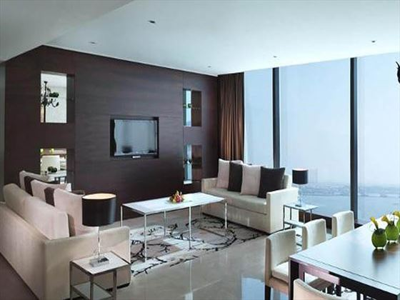 Fairmont Bab Al Bahar Gold Signature Suite