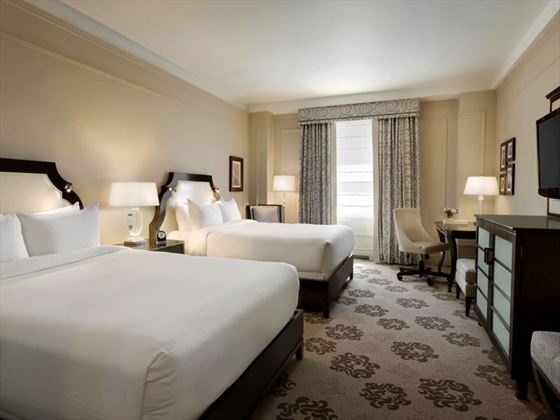Fairmont Hotel Vancouver, Fairmont Queen Queen