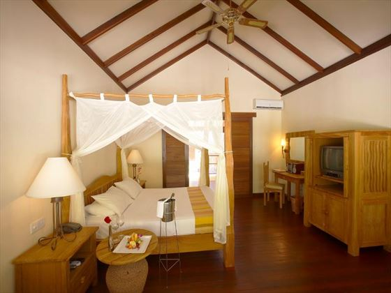 Filitheyo Island Resort Deluxe Villa