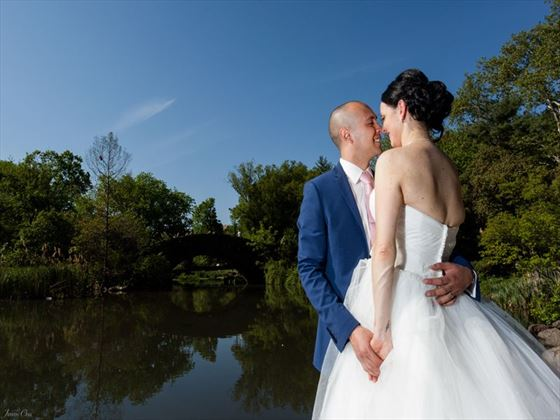 Bride & Groom by Gapstow Bridge