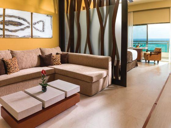 Oceanfront Jacuzzi Suite living room